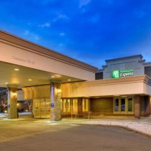 Hotels near The Chance Poughkeepsie - Holiday Inn Express Poughkeepsie