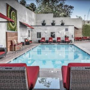 Hotels Near Easton Softball Stadium Hotel Angeleno Los Angeles