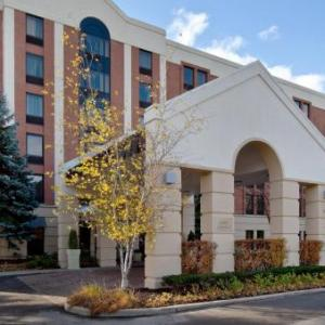 Hotels near Medieval Times Schaumburg - Holiday Inn Express Chicago-Schaumburg