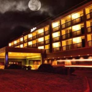 Hotels near Beaver Island State Park - Radisson Hotel Niagara Falls-Grand Island