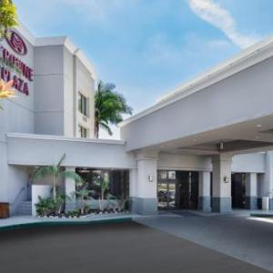 Hotels near Shark Club Costa Mesa - Crowne Plaza Costa Mesa Orange County
