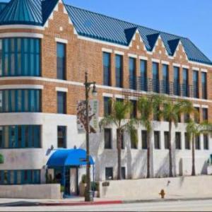 Hotels near Fox Studios - Century Park Hotel LA