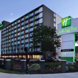 Hotels near Cantina La Mexicana Somerville - Holiday Inn Somerville