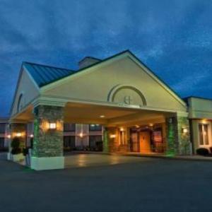 Hotels near Club Infinity Clarence - Holiday Inn Buffalo International Airport