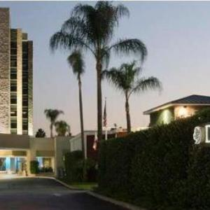 Hotels near Arcadia Performing Arts Center - Doubletree Hotel Monrovia - Pasadena