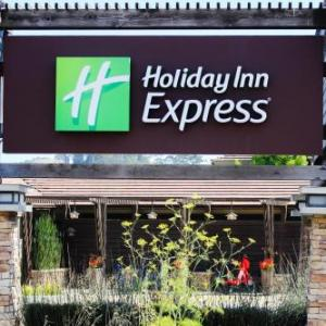 Hotels near 142 Throckmorton Theatre - Holiday Inn Express Mill Valley -Sausalito Area