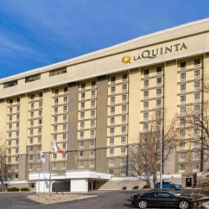 Log Cabin Delaney House Hotels - La Quinta Inn & Suites Springfield