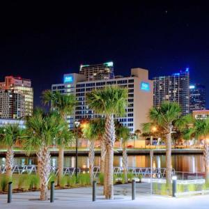 Hotels near WEDU Studios - The Barrymore Hotel Tampa Riverwalk