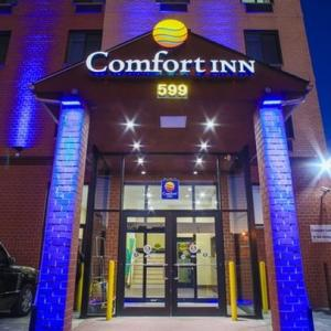 Hotels near Floyd Bennett Field - Comfort Inn Brooklyn Near Barclays Center
