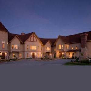 Goldmoor Inn & Resort