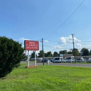 Red Carpet Inn & Suites Wrightstown