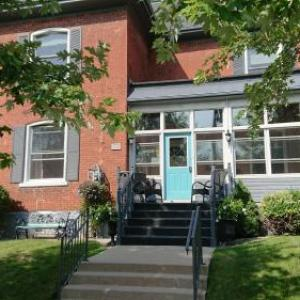 The Livery Theatre Hotels - Colborne Bed and Breakfast