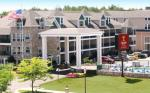 Mackinaw City Michigan Hotels - Crown Choice Inn & Suites Lakeview & Waterpark
