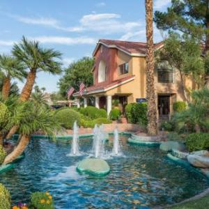 Hotels near Spring Valley High School Las Vegas - Westgate Flamingo Bay Resort Las Vegas