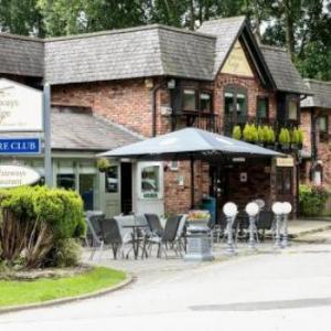 Heaton Park Manchester Hotels - Fairways Lodge & Leisure Club