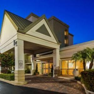 Miami Theater Center Hotels - Best Western Plus Windsor Inn