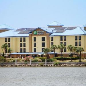 Holiday Inn Express Hotel & Suites Tampa-Rocky Point Island