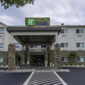 Hotels near Florida Sports Park - Holiday Inn Express -Naples South -I-75