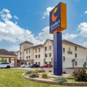 RiverEdge Park Music Garden Hotels - Comfort Inn & Suites North Aurora