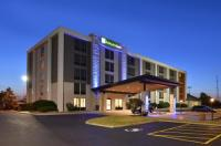 Holiday Inn Express Rochester - University Area Image