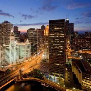 AMC River East 21 Hotels - Hyatt Regency Chicago