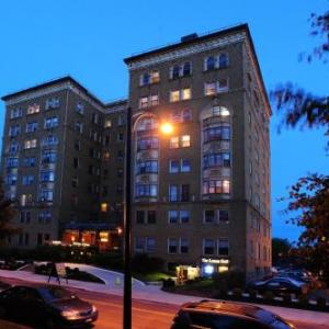 Hotels near Rockwell Hall at Buffalo State College - Lenox Hotel and Suites