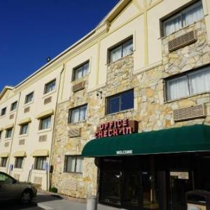 Hotels near Belmont Park Racetrack - Floral Park Motor Lodge