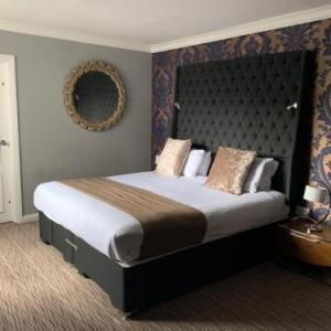 Burntwood Rugby Club Hotels - Mercure Birmingham North Barons Court