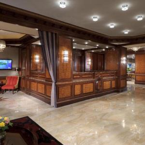 Hotels near Metropolitan Museum - Excelsior Hotel