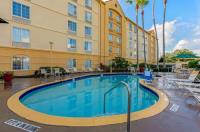 La Quinta Inn Orlando Airport North Image