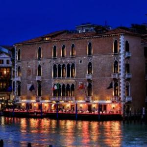 Venice Hotels with Spas - Deals at the #1 Hotel with a Spa