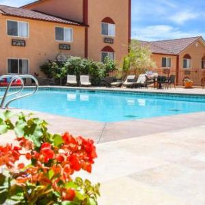 Hotels near Arches National Park - Aarchway Inn