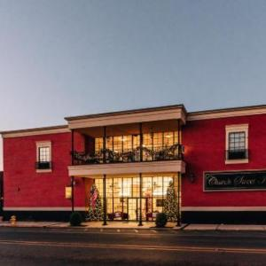 Harry Turpin Stadium Hotels - Church Street Inn
