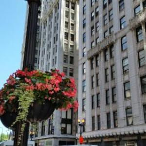 The Pittsfield Hotel: Apartment   Suites