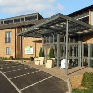 Hotels near Huntingdon Racecourse - Holiday Inn Huntingdon Racecourse
