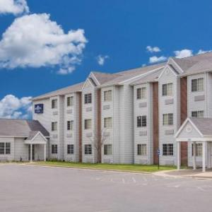 Hotels near Neuroscience Group Field at Fox Cities Stadium - Microtel Inn & Suites By Wyndham Appleton