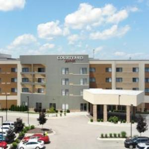 Veterans Park Bay City Hotels - Courtyard Bay City