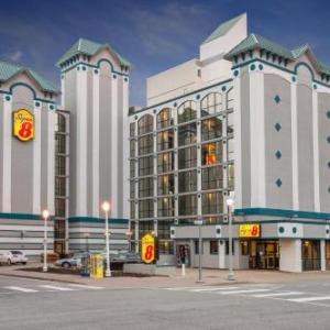 Super 8 by Wyndham Virginia Beach Oceanfront