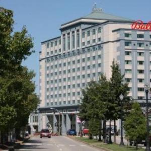Swonder Ice Arena Hotels - Tropicana Evansville