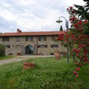 Book Now Fattoria Il Praticino (Castelfranco di Sopra, Italy). Rooms Available for all budgets. Surrounded by the Tuscan hills Fattoria Il Praticino is 5 km from the centre of Castelfranco Di Sopra. This property offers a traditional restaurant and a garden with free out