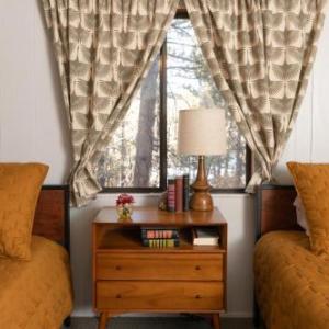Oak Knoll Lodge