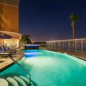 Cambria Hotel & Suites Miami Airport Blue Lagoon