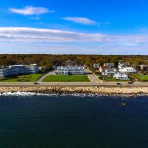 Hotels near Ryan Center Narragansett - The Atlantic House