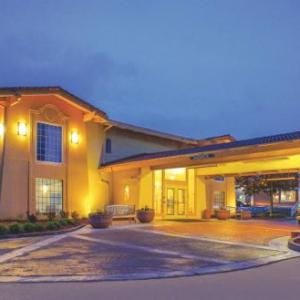 La Quinta Inn & Suites By Wyndham Moline Airport