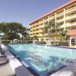 La Quinta by Wyndham Coral Springs University Dr