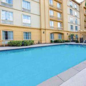 Hotels near Westfield Brandon - La Quinta Inn & Suites Tampa Brandon Regency Park