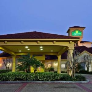 Hotels near USF Theatre Center - La Quinta Inn & Suites Usf (Near Busch Gardens)