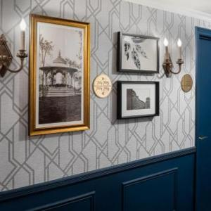 Saint Jean Baptiste Catholic Church Hotels - The Franklin Hotel