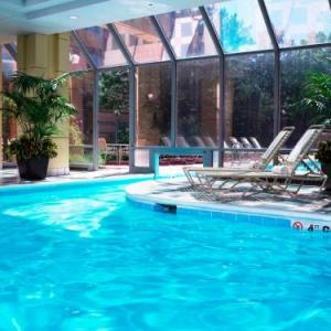 Basecamp Pub Hotels - Chicago Marriott Suites Downers Grove