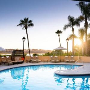 Hotels near Bren Events Center - Marriott Newport Beach Bayview
